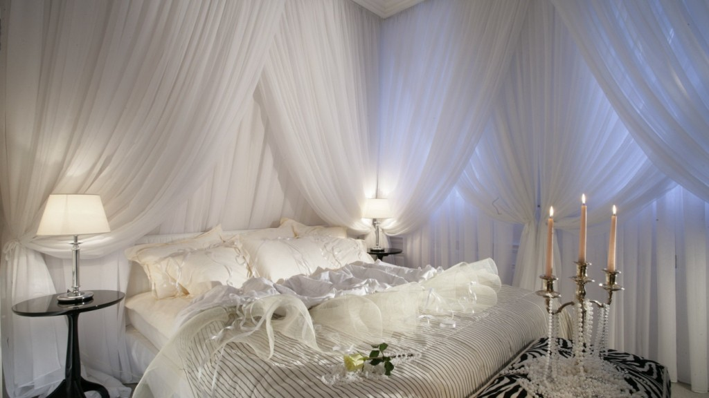 Romantic-Bedroom-Wallpaper-HD-1366x768-10-1024x576