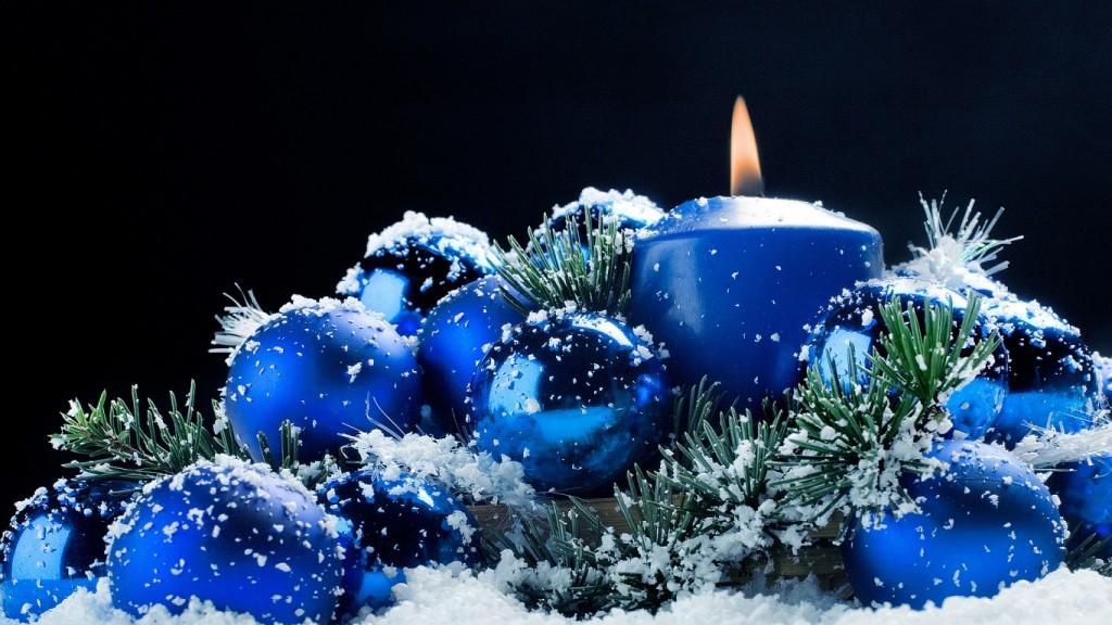 Christmas Wallpaper christmas-candle-1366x768