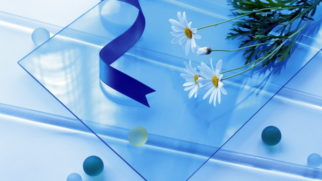 Desktop-HD-Blumen-Tapete ws_Flowers_on_Glass_1366x768