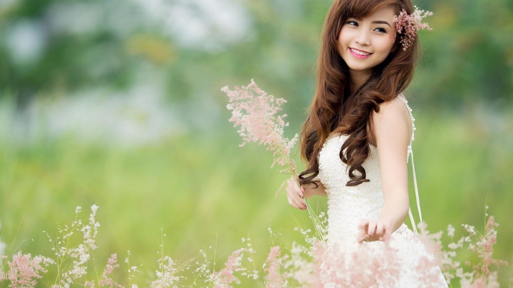 Cute-girls-wallpaper3-1024x576