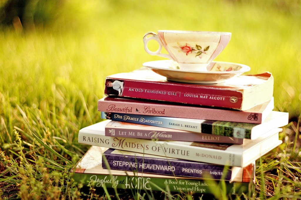 books-wallpaper-3-1024x683
