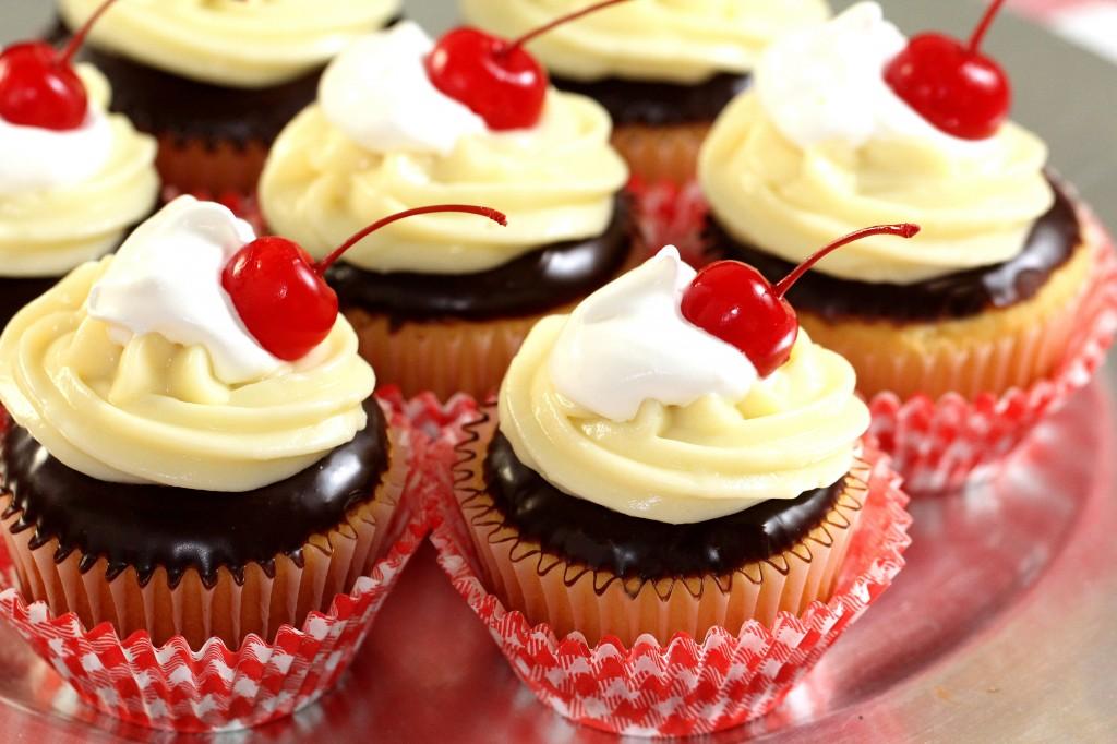 cupcake-wallpaper3-1024x682