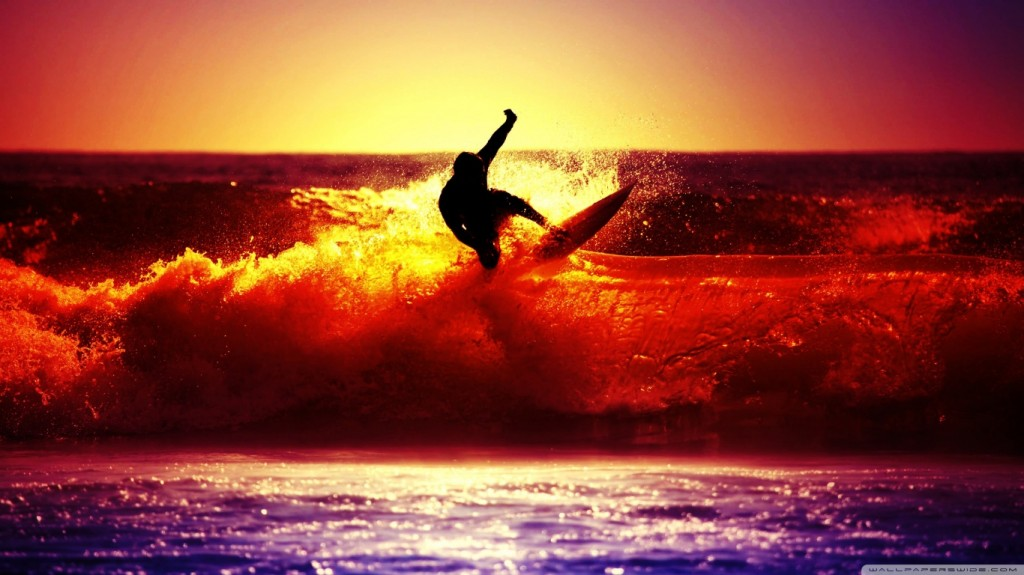 surfing_3-wallpaper-1366x768
