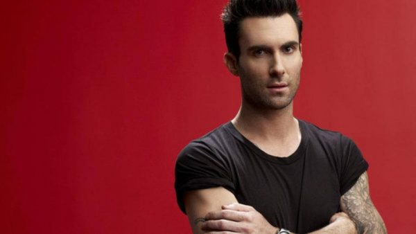 Adam Levine tapetti HD2