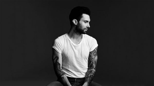 Adam Levine tapetti HD3