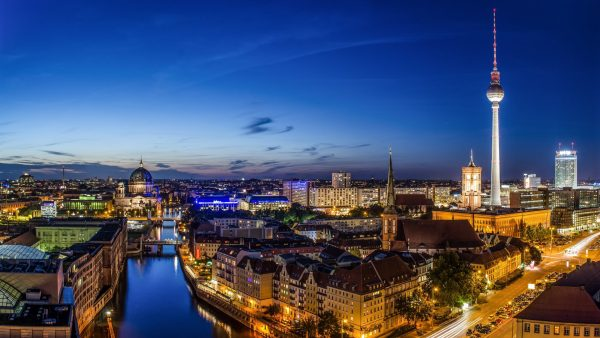 berlin-wallpaper-HD1-600x338