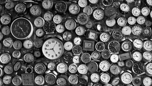 Cotidie Morimur in Clocks Wallpaper Tumblr - Auto Car
