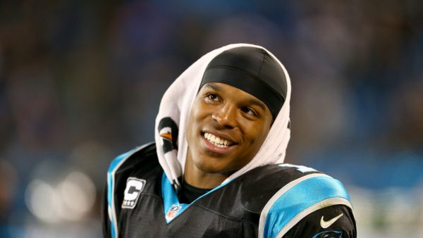 Cam Newton Tapete HD6