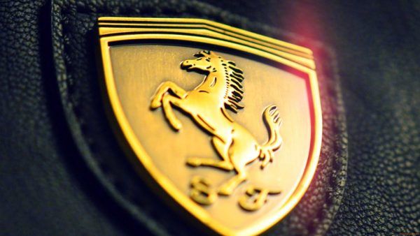 ferrari logo wallpaper HD7