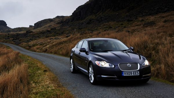 jaguar-wallpaper-HD9-600x338