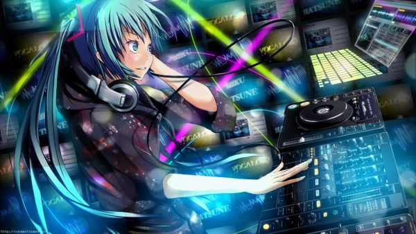 miku-wallpaper-HD1-1-600x338