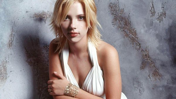 scarlett-johansson-wallpaper-hd-HD10-600x338