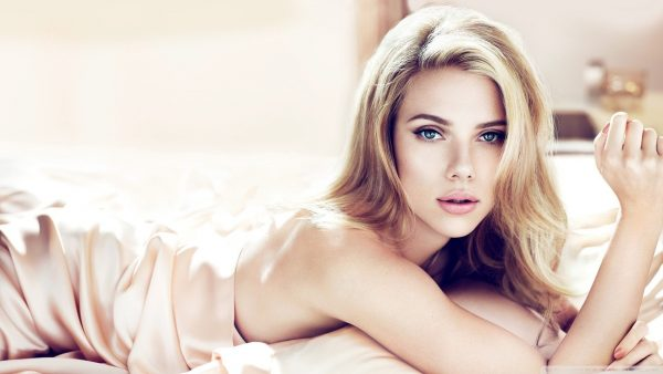 Scarlett Johansson wallpapers HD1