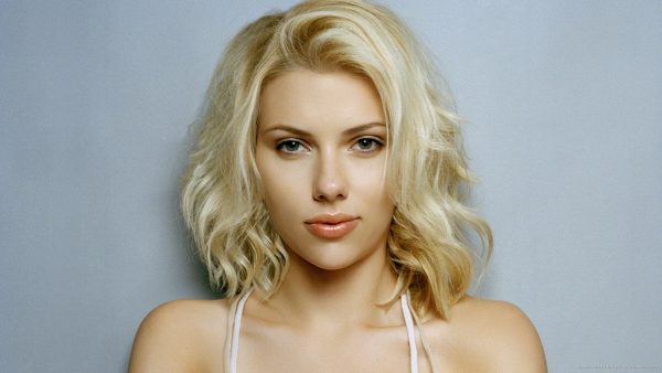 Scarlett Johansson wallpapers HD2