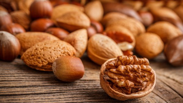 walnut-wallpaper-HD4-600x338