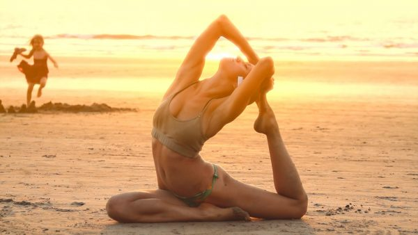 yoga-wallpaper-HD2-600x338