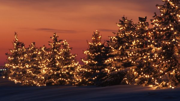 christmas-lights-wallpaper-HD2-600x338