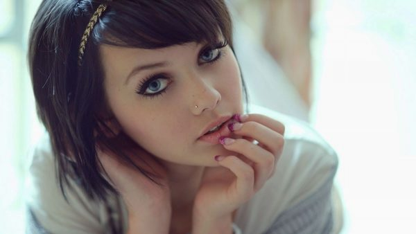 cute girl wallpapers HD1