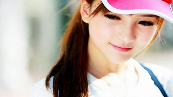 cute-girl-wallpapers-HD2-600x338