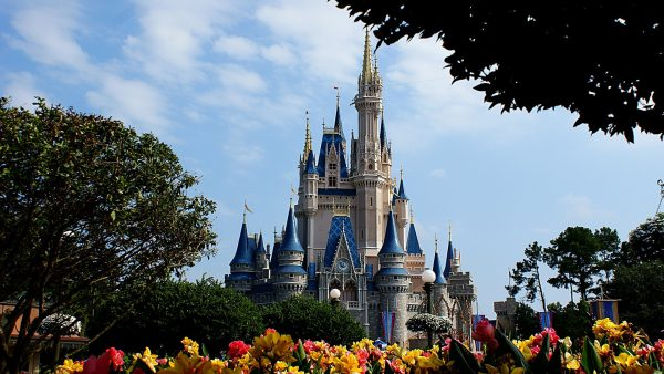disney-world-wallpaper1-600x338