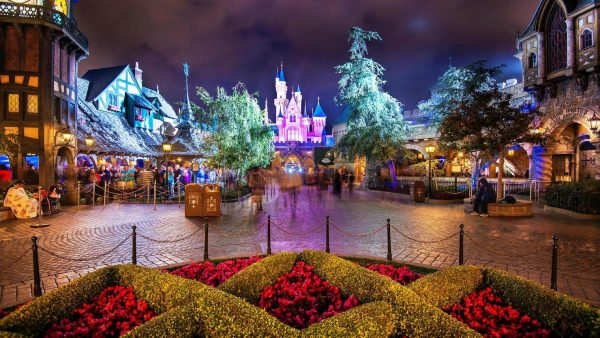 disneyland-wallpaper10-600x338