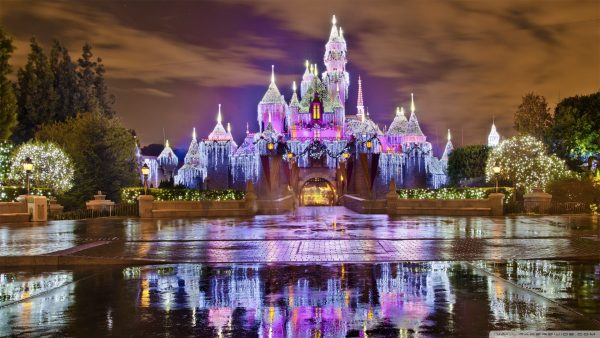 disneyland-wallpaper9-600x338