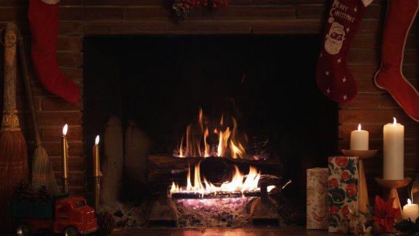 fireplace-wallpaper8-600x338