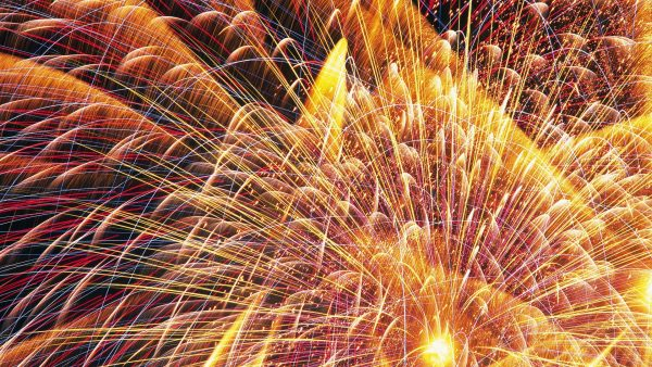 fireworks-wallpaper4-600x338