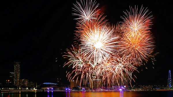 fireworks-wallpaper8-600x338