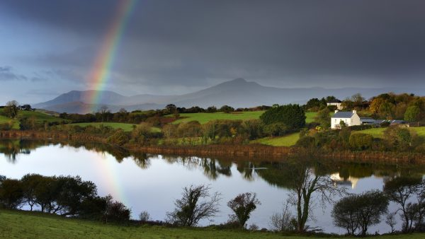 irish-wallpaper5-600x338
