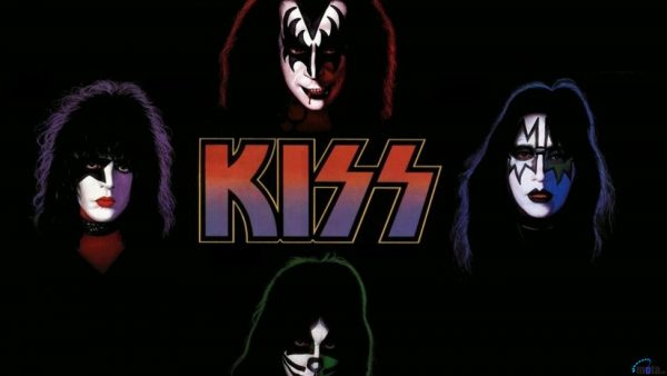 kiss-wallpaper3-600x338