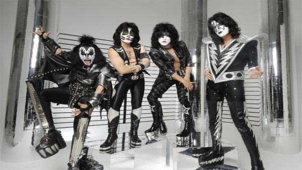 kiss-wallpaper4-600x338