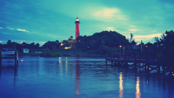 lighthouse-wallpaper4-600x338