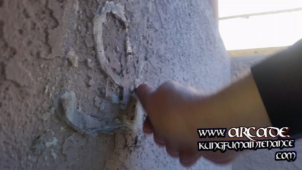 removing wallpaper glue1
