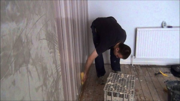 removing wallpaper glue2