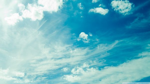 sky-blue-wallpaper-HD3-600x338