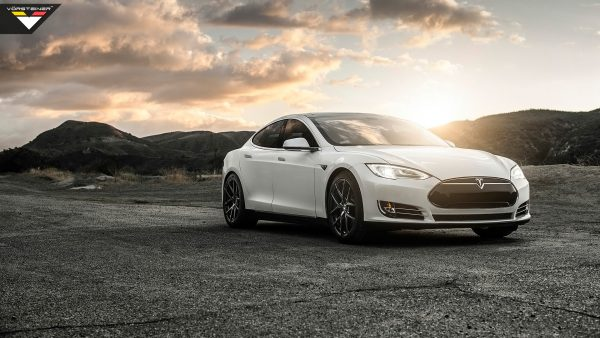 tesla-wallpaper-HD6-600x338