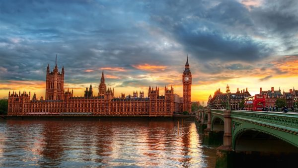 uk-wallpaper3-600x338