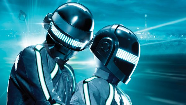 daft-punk-iphone-wallpaper-HD6-600x338