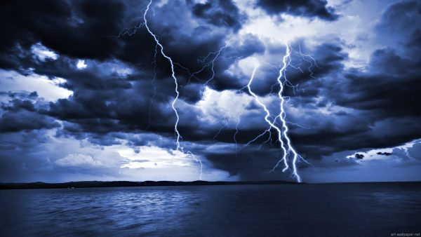 lightning-wallpapers-HD1-600x338