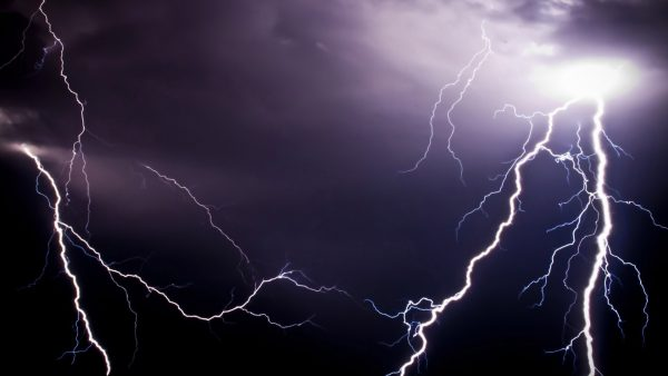 lightning-wallpapers-HD10-600x338