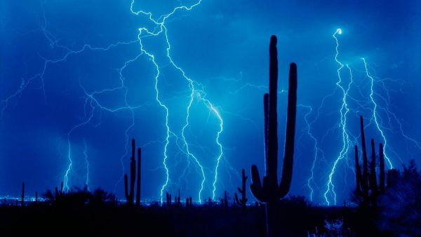 lightning-wallpapers-HD9-600x338
