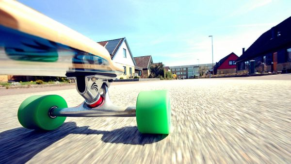 longboarding-wallpaper-HD3-600x338