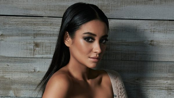 shay-mitchell-wallpaper-HD6-600x338