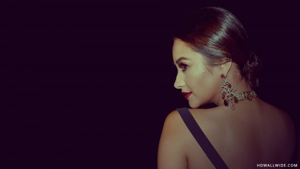 shay-mitchell-wallpaper-HD9-600x338