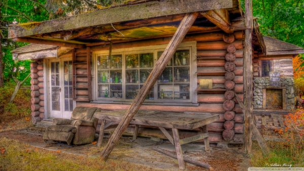 log-cabin-wallpaper7-600x338
