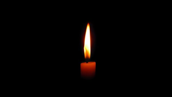 candle-wallpaper2-600x338