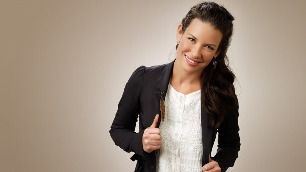 evangeline-lilly-wallpaper4-600x338