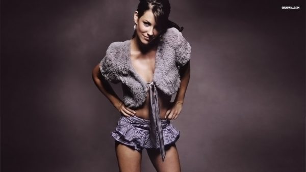 evangeline-lilly-wallpaper6-600x338