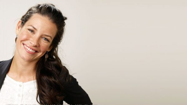 evangeline-lilly-wallpaper8-600x338